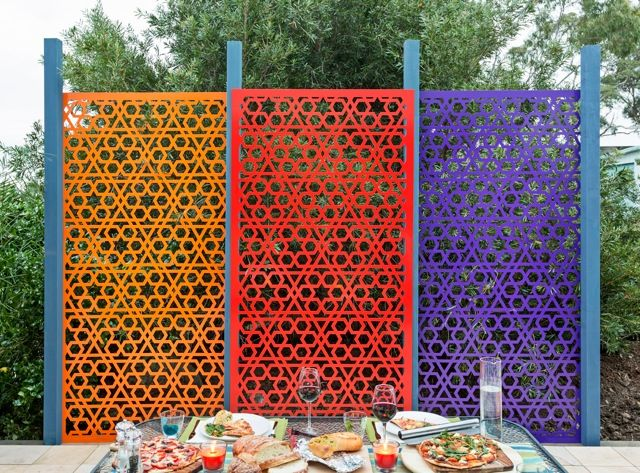14 best images about fence ideas on pinterest steel for Garden screening ideas
