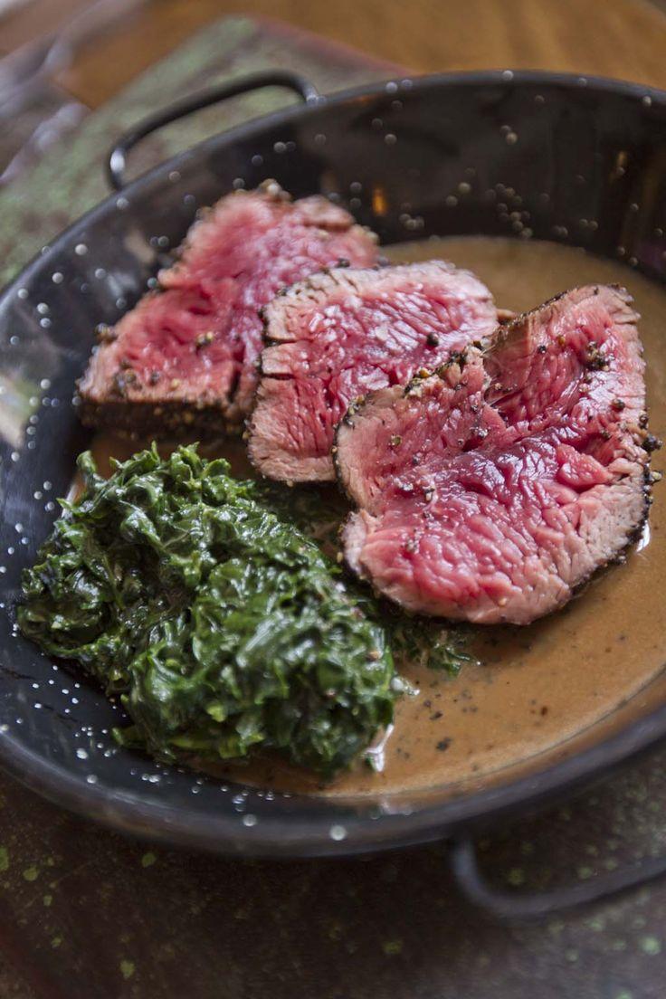 #Steak con salsa de pimienta o salsa de champiñones.