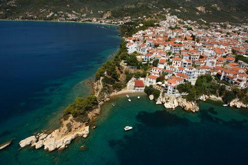 GREECE CHANNEL | Greek Islands: Town of Skiathos (Hora).Source:© GNTO/ MAGNESIA PREFECTURE (VAGGELIS BELZENITIS)