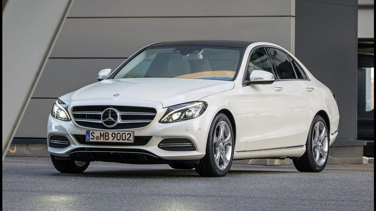 10 Luxury Cars With the Best Gas Mileage