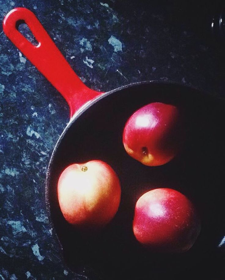 "13 Likes, 1 Comments - Iman (@ibgarbi) on Instagram: ""Guess what I'm making today 🍑🍑🍑 #baking #baker #guesswhat #nectarine #food #foodie #edinburgh"""
