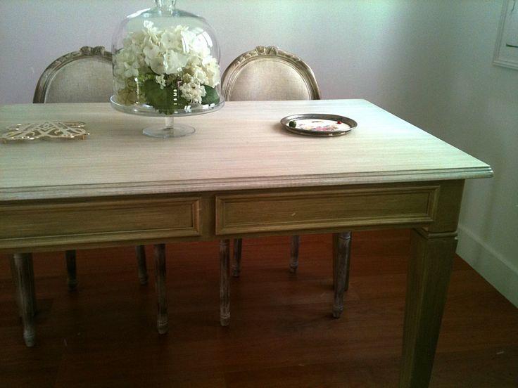 Muebles renovados para salones. Small
