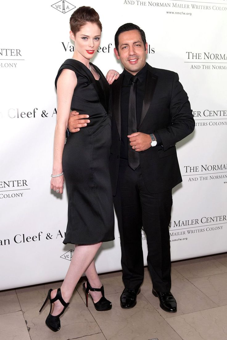Does Size Matter? Not to These A-Listers. Tall Women Dating Shorter ...