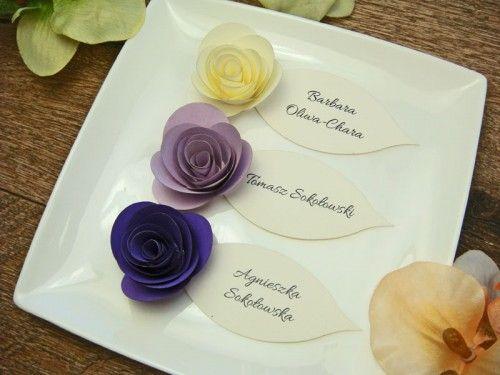 kolorowe różyczki na winietkach