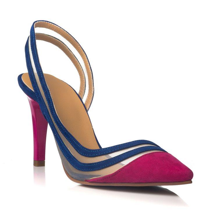DARE TO WEAR >> Pantofi decupati blue & fuchsia