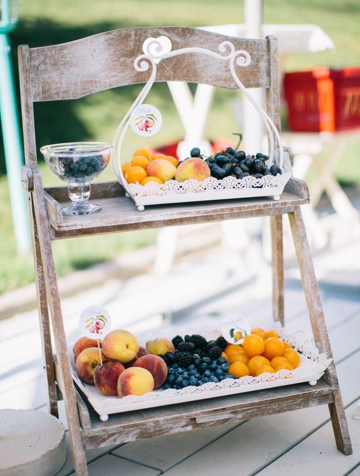 wedding, ceremony, candy bar, fruit, фрукты, свадебные угощения, угощения гостям, декор свадьбы, свадебное оформление