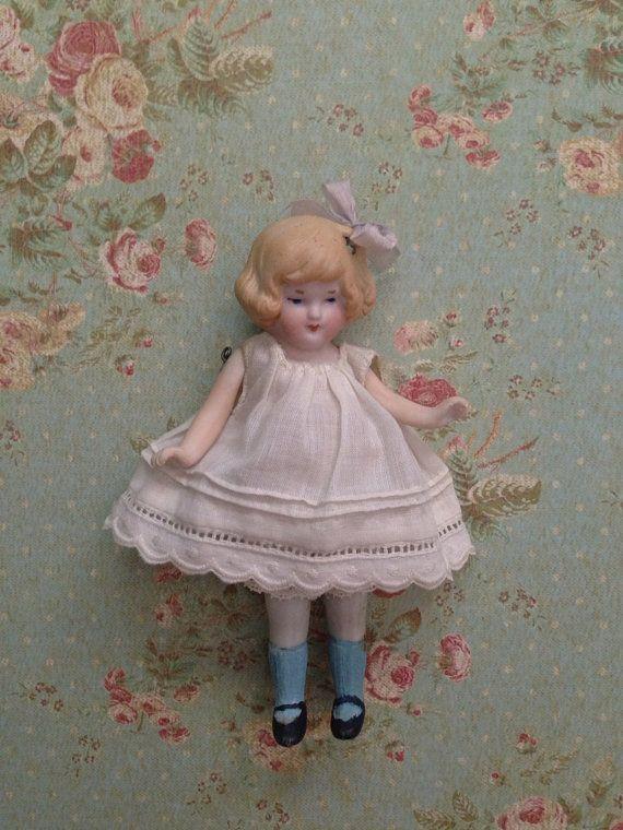 Antique Vintage Bisque girl Doll  o