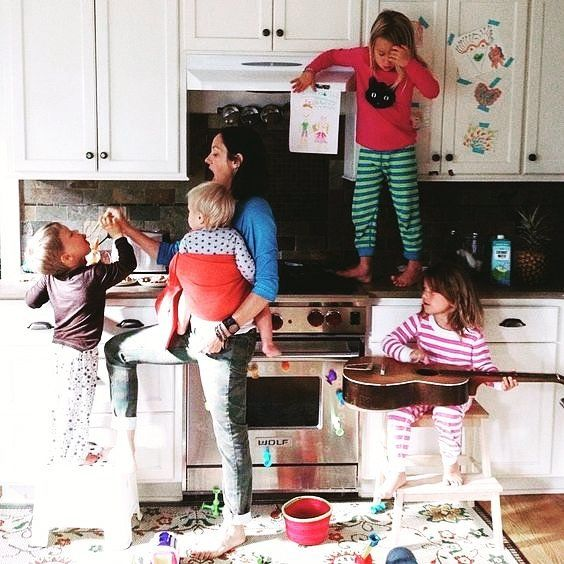Вот когда нужен кофе (ЗЫ на фото  конечно  не я) #parentingyourdoingitright #parents  #children #crisis