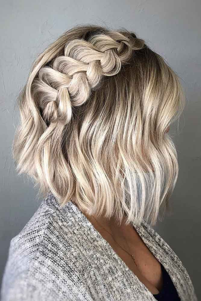 Side Braid Hairstyle For Short Hair Sidebraid Here Is A List With Photos Of 33 Trendy Prom Hairstyles Fo Hair Styles Braids For Short Hair Thick Hair Styles