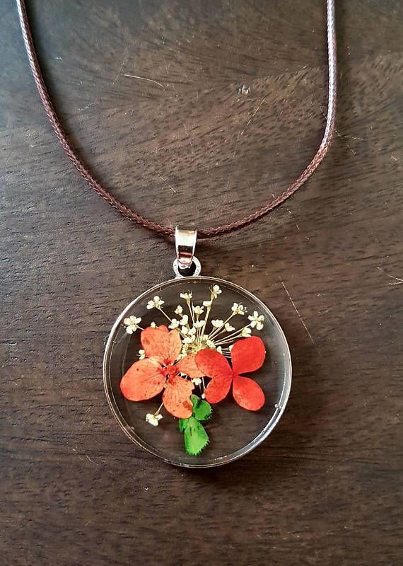 Hey, I found this really awesome Etsy listing at https://www.etsy.com/uk/listing/547297970/flower-necklace-pressed-flower-necklace