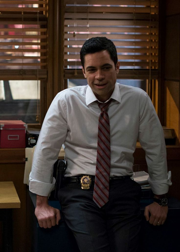 "Danny Pino in ""Law and Order Special Victim Unit"""