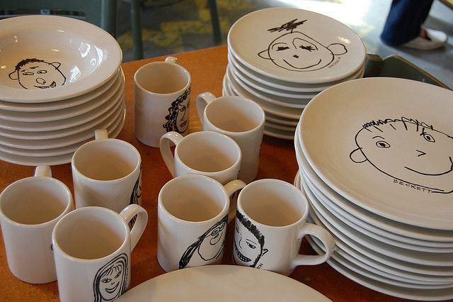 school auction projects - dollar store dishes and a sharpie, adorable - kids could draw their portrait! #schoolauction