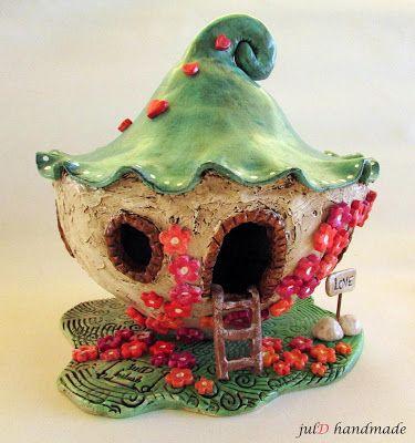 julD handmade: Μανιταρό-λουλουδόσπιτα