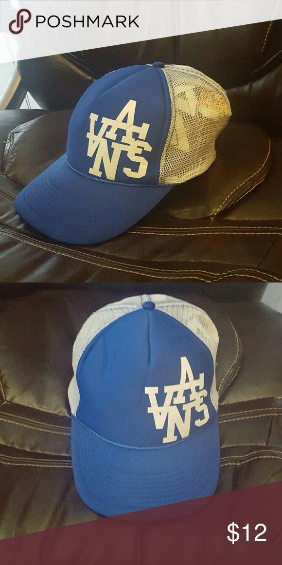 Vans brand skateboard hat,blue. Vans brand skateboard hat, blue Vans Accessories Hats