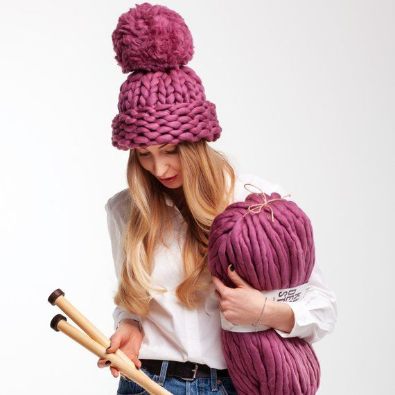 BOBBLE // BIG POMPOM HAT SUPER CHUNKY ALL COLOURS HAND KNITTED
