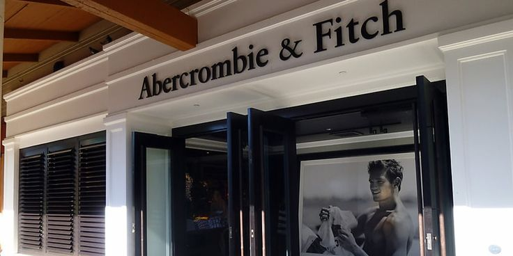 Fashion retailer Abercrombie & Fitch posts 4% drop in sales. #Fashionretailer #AbercrombieFitch  #apparel #accessories