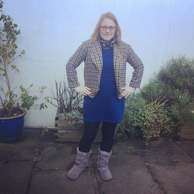 Finally finished a Morris blazer but in tweed that I found at the local Sue Ryder charity shop. Really pleased with the results. So wearable and comfy! #morrisblazer #tweed #heritage #heritagelook #vintage #sueryder #charitystorefinds #grainlinestudio #homesewing #handmadewardrobeheritage,charitystorefinds,vintage,sueryder,tweed,homesewing,heritagelook,morrisblazer,grainlinestudio,handmadewardrobethemaxford