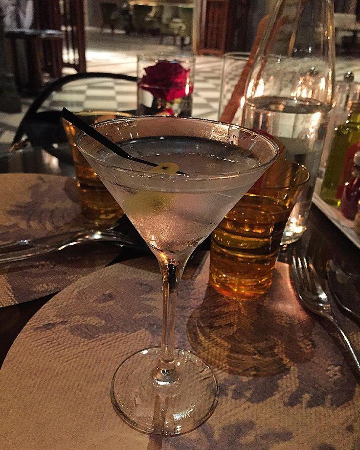 #Casino Il Martini non può mancare!#monaco#france#enjoylife#instadaily#instagood#montecarlo#metropole#metropolehotel#metropolemontecarlo#martini#cocktail#hotel#fivestars#enjoy#myfavorite#theleadinghotelsoftheworld#wow#iloveit#follow#followme by pier_81 from #Montecarlo #Monaco