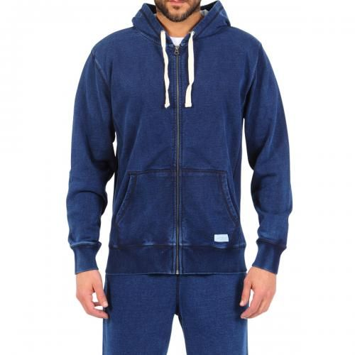BLUE COTTON DENIM HOODED SWEATSHIRT Long sleeve cotton denim hooded sweatshirt. Two front pockets with contrast Saturdays Surf NYC label detailing. Zipper closure. COMPOSITION: 100% COTTON. Model wears size L, he is 189 cm tall and weighs 86 Kg.