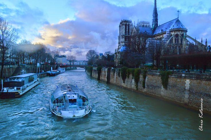 Travel in Clicks: Feeling the romance?