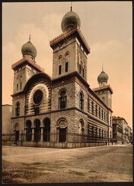Jewish Temple, Turin, Italy (1890-1900 Photo from Library of Congress)