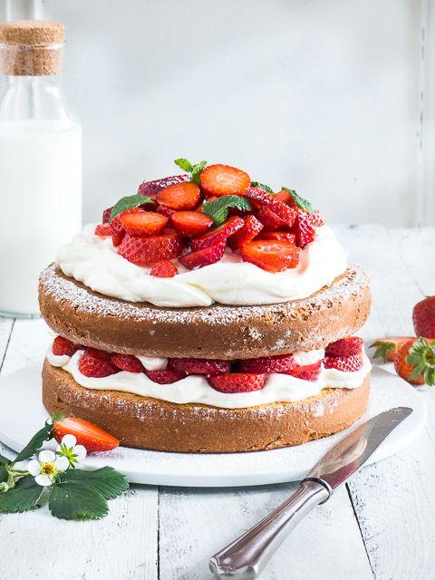 Rezept für eine einfache Erdbeer-Mascarpone Torte | Meine Küchenschlacht