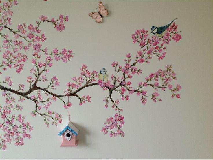Schattige vogeltjes in de bloesemboom met een echt klein vogelhuisje elisabel kunst elisabel - Schilderij voor meisje slaapkamer ...