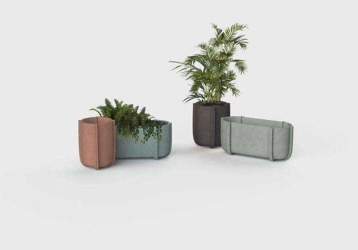 Os vasos Cassero, de Patricia Urquiola para a Serralunga, lembram betoneiras.