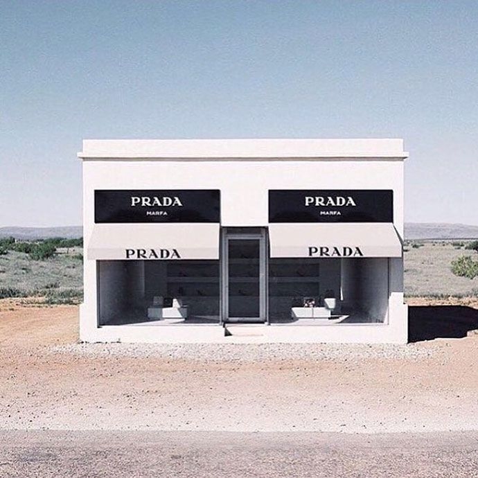 Guide to Marfa, TX // Glitter Guide