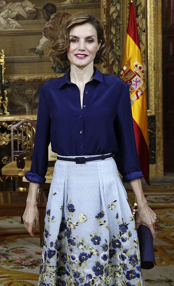 Queen Letizia 11 May 2015 - During the visit of Sergio Mattarella, President of Italy.