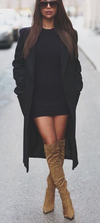 #winter #fashion / black knit dress + knee length boots