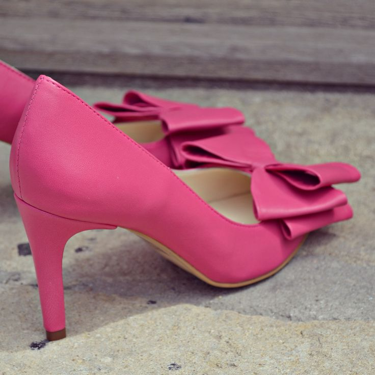 #the5thelementshoes #rosettishowroom #springsummer #pumps #stiletto #highheels