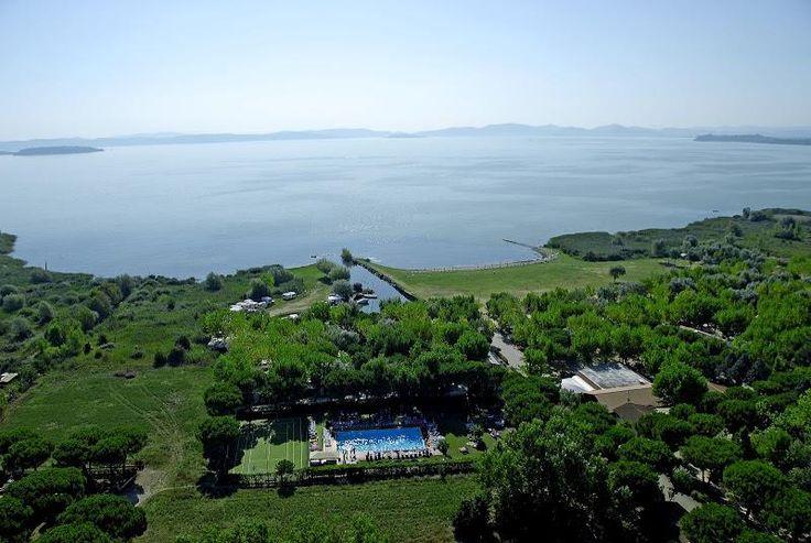 **** Camping Badiaccia aan het Trasimenomeer in Castiglione del Lago in Umbrië, Italië #Trasimeno | www.regioneumbria.eu