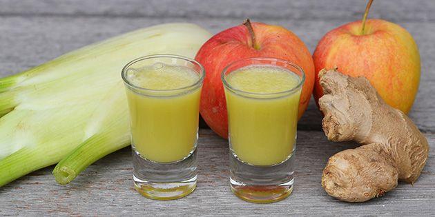 Super sunde ingefærshots lavet i juicer, så alle de gode sager kommer med.