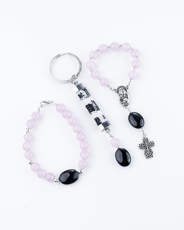 "Christian jewelry. Set ""Holy Week"" Pink, is a beautiful combination of pewter, black jadeíte jade from Guatemala and pink crystals. Each piece is finely handmade by Guatemalan artisans, a perfect gift for you. You want to know what symbolizes the black jade and different shades of Jade"
