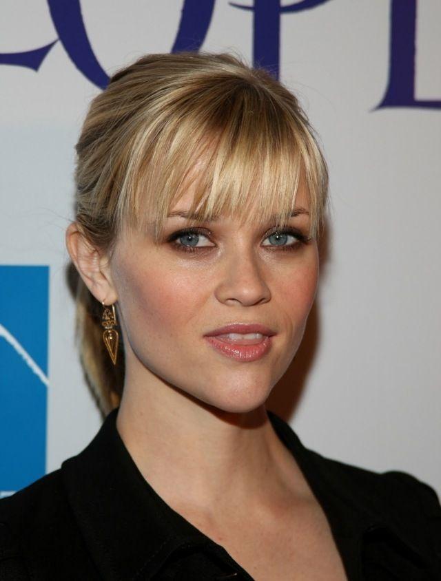 queue de cheval chic avec frange effilée, Reese Witherspoon