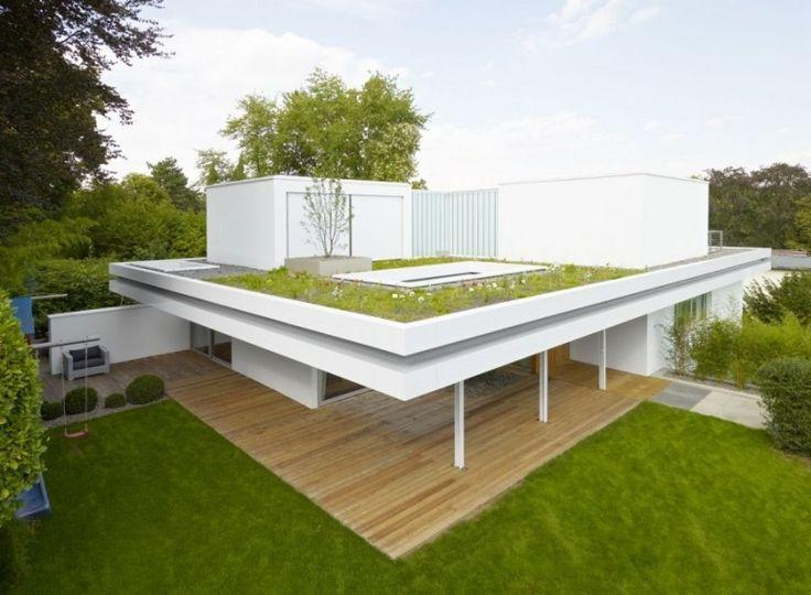 Modernes minimalistisches Haus mit begrüntem Dach mit Sukkulenten