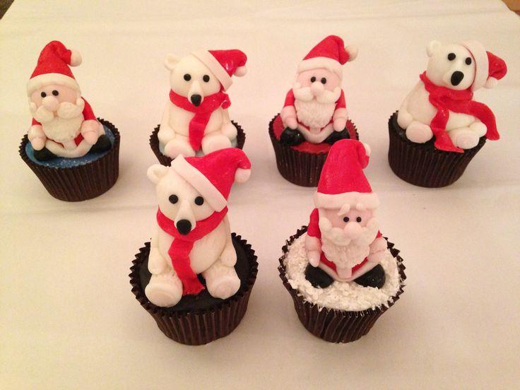 Father Christmas and polar bears, Santa Christmas figurine cupcakes
