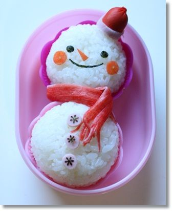 Snowman Kyaraben Onigiri Bento Lunch (Rice Ball Body, Red Sausage Hat, Kanikama Surimi Fish-Stick Scarf, Nori Seaweed Face)