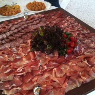 Delicious tray of Umbrian cured meats.