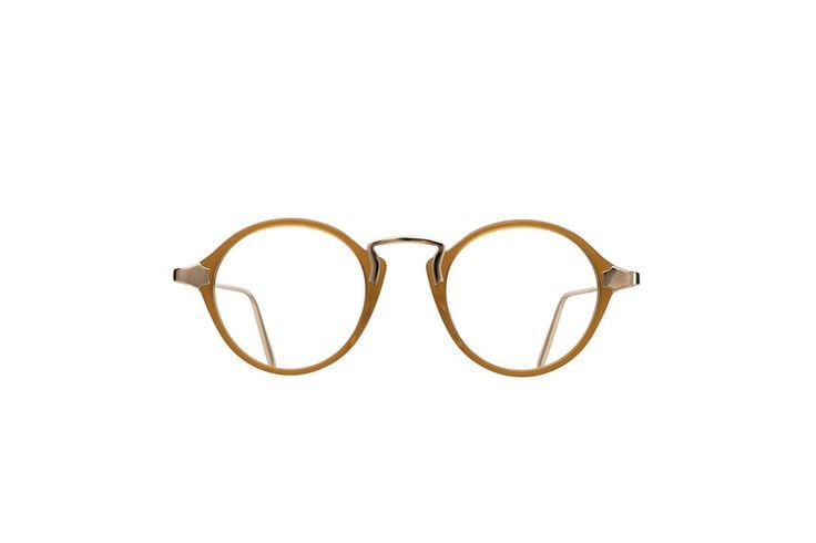 書呆子成為潮流:除了那些大家熟悉的眼鏡品牌,今季你還有另一個小眾選擇!