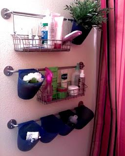 Love this extra storage in the bathroom! Ikea Bygel in the bathroom