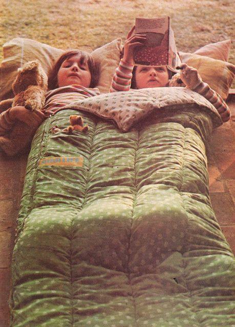 DIY vintage, couture, tricot, loisirs créatifs, années 70: Un sac de couchage bien PRATIQUE