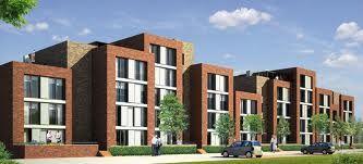 Grondgebonden woningen met veel variatie in hoogteverschillen. Dit soort woningen worden ook bij ons toegepast om een verschillend straatbeeld te tonen.