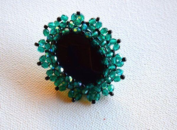 Handmade item.Beaded ring.Flower ring.Mariella'sCode. by mariellascode on Etsy