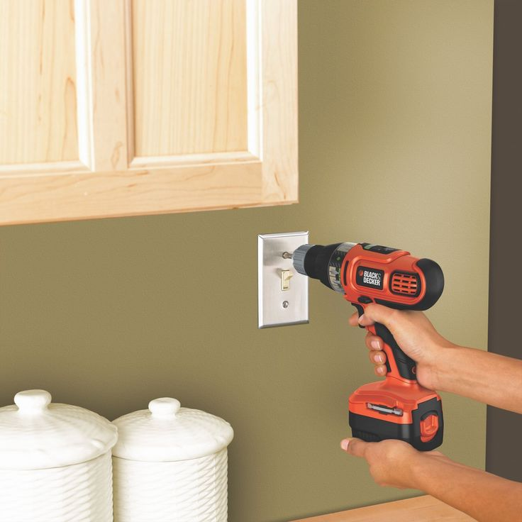 How to choose the best cordless drill? On our cordless drill reviews page we list our top choices and explain in detail what to look for when shopping for a cordless drill.
