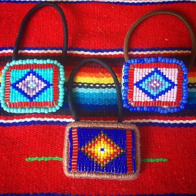 #ビーズヘアゴム 刺繍 #beads #オルテガ #ビーズ刺繍 #handmade #エスニック #ビーズ #beadsaccessories #beadswork #ヘアゴム #ネイティヴ