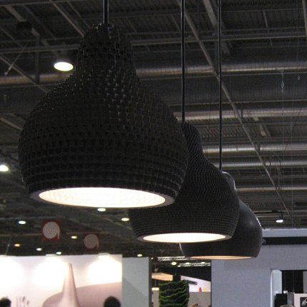 Industreal LAMPE 72DPI lampada a sospensione in porcellana nera | Market Patentati