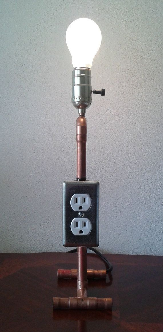 Lámpara de tubo de cobre multiusos La torre del poder por TonyLamps