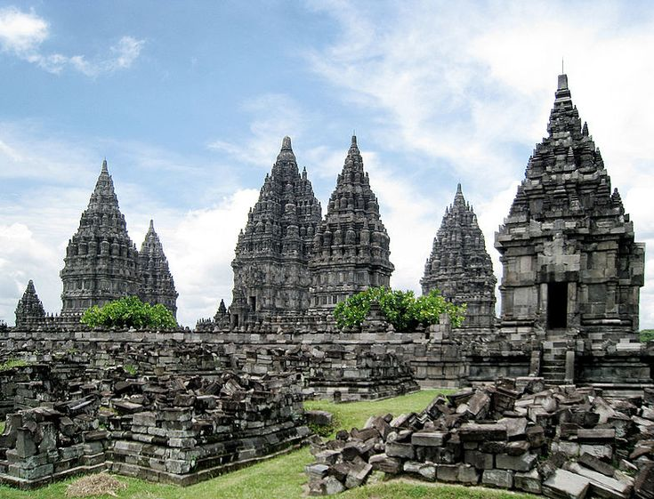 The 9th century Hindu Trimurti Prambanan temple, located on the border between Yogyakarta and Central Java province. The three largest temple is dedicated to Shiva in the centre, Brahma on the left, and Vishnu on the right. On the front of each temples are the temples of vahanas (vehicle of gods). There is originally hundreds of prevara temples.